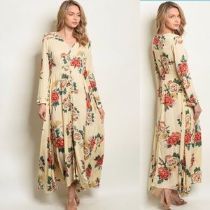 Dresses & Skirts - CREAM FLORAL MAXI DRESS!